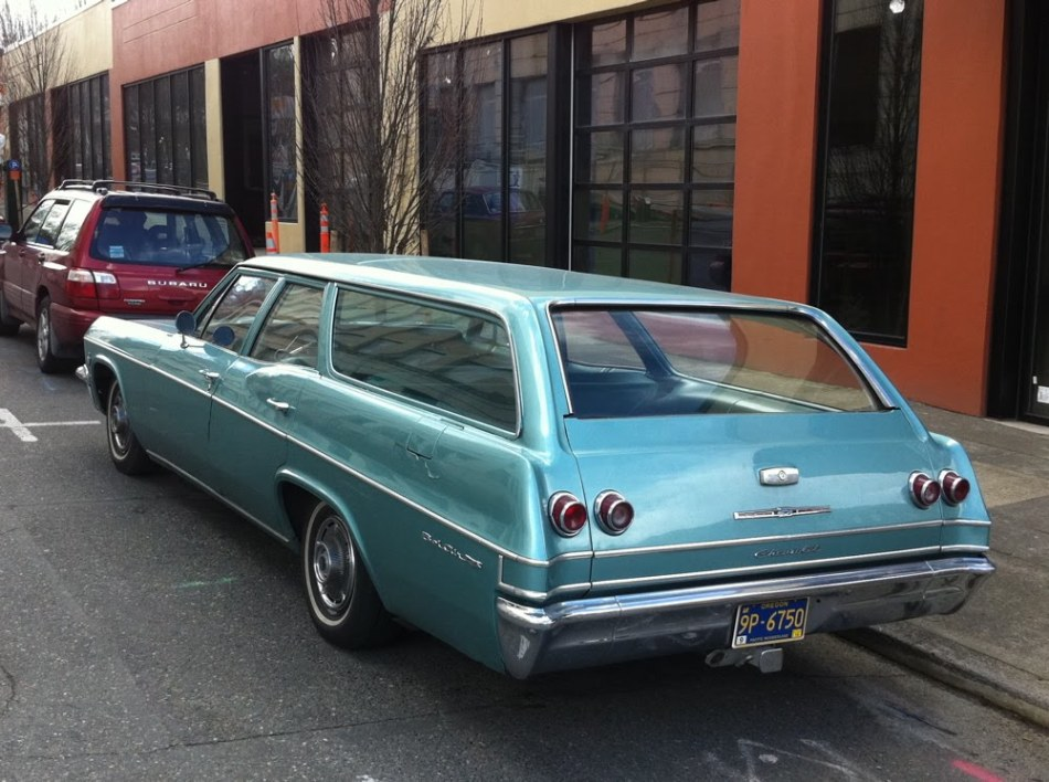 1965 Chevrolet Bel Air Wagon 327. - 2